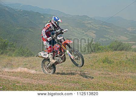 Bikers Riding Enduro Motorcycles Beta Rr 400