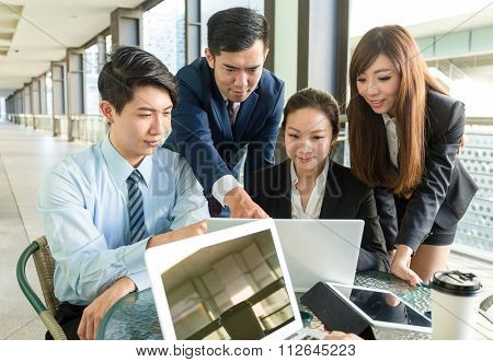 Group of business people discuss about the project planning