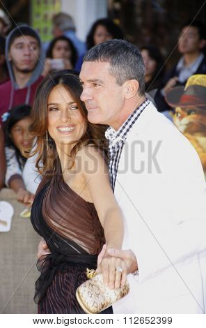 WESTWOOD, CALIFORNIA - October 23, 2011. Antonio Banderas and Salma Hayek at the Los Angeles premiere of