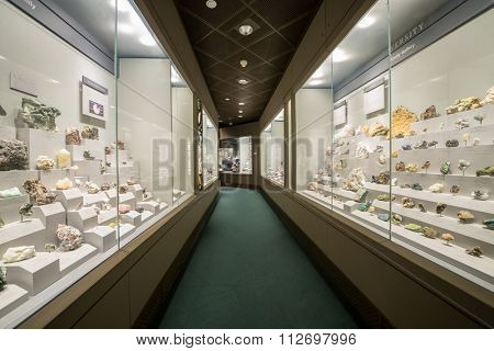 WASHINGTON, USA - AUG 27, 2014: Minerals in National Museum of Natural History