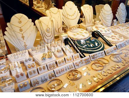 Jewellery market display, street retail