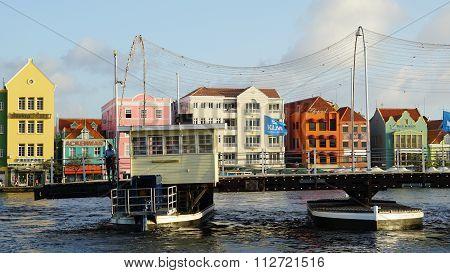 Queen Emma Pontoon Bridge in Curacao