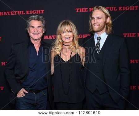 LOS ANGELES - DEC 07:  Kurt Russell, Goldie Hawn & Wyatt Russell arrives to the