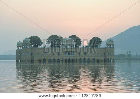 The palace Jal Mahal at sunrise.
