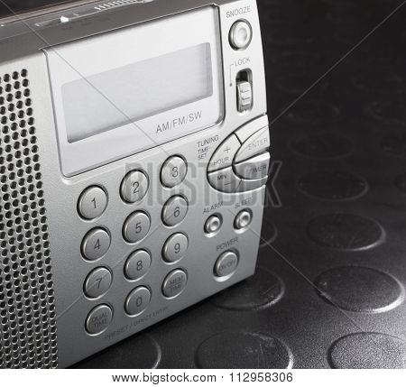 Tiny Radio