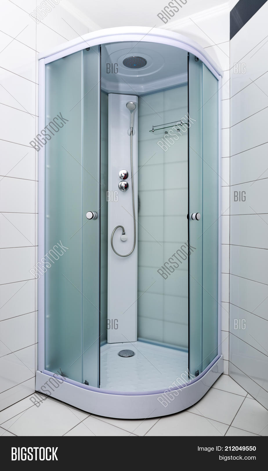 Bathroom Interior New Image & Photo (Free Trial) | Bigstock