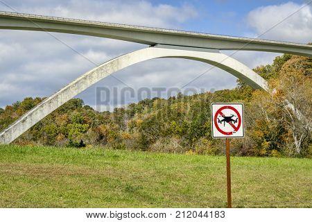 No drone sign at Double Arch Bridge along the Natchez Trace Parkway