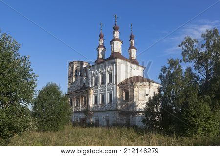 Abandoned Church Resurrection of Christ in village Varnitsy, Totemsky district, Vologda region, Russia