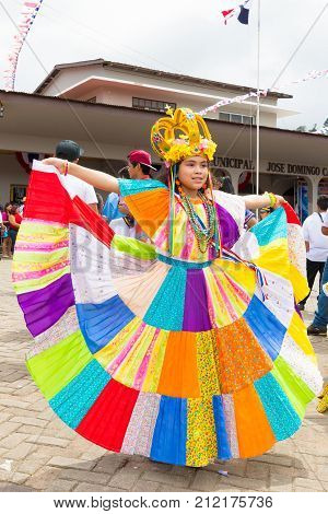 boquete panama November 2017 This little girl dressed in traditional clothes goes to the parade of Panama Independence Day to celebrate the liberation of Spanish domination.