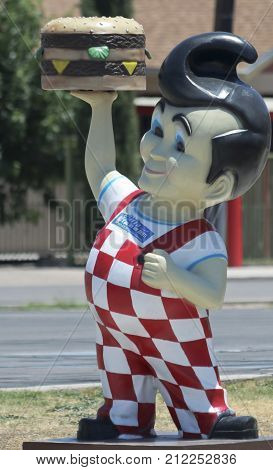 HATCH, NEW MEXICO, JULY 7. Sparkys BBQ and Espresso on July 7, 2017, in Hatch, New Mexico. A Bob's Big Boy Statue at Sparkys BBQ and Espresso a Roadside Attraction in Hatch in New Mexico.