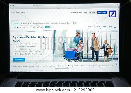 Milan, Italy - August 10, 2017: Deutsche Bank Website Homepage. It Is A German Global Banking And Fi
