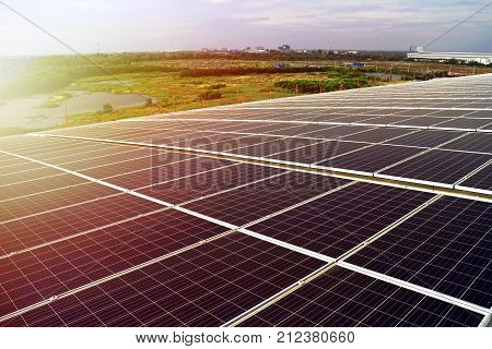 Solar PV Rooftop on Curve Roof with Beautiful Sunlight