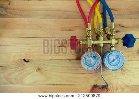 manometers measuring equipment for filling air conditionersgauges.Tools for HVAC