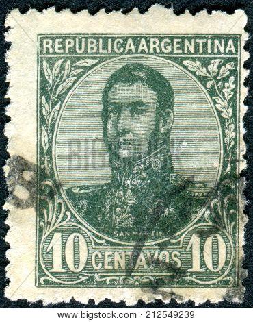 ARGENTINA - CIRCA 1909: A stamp printed in the Argentina shows a national hero Jose de San Martin circa 1909