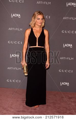 LOS ANGELES - NOV 4:  Lucy Walker at the LACMA: Art and Film Gala at the Los Angeles County Musem of Art on November 4, 2017 in Los Angeles, CA