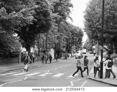 Abbey Road Crossing In London Black And White