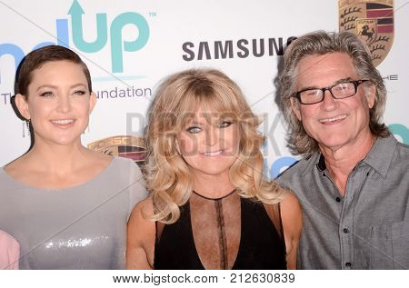 LOS ANGELES - OCT 3:  Kate Hudson, Goldie Hawn, Kurt Russell at the Goldie's Love In For Kids at the Green Acres Estate on October 3, 2017 in Beverly Hills, CA