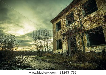The post-apocalyptic world.Gloomy old building.The emptiness and devastation
