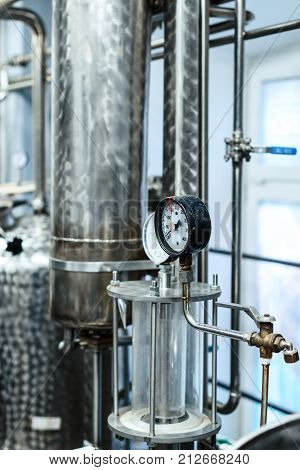 Pressure gauges. Alcohol distillation equipment. Preparation workshop for pure alcohols.