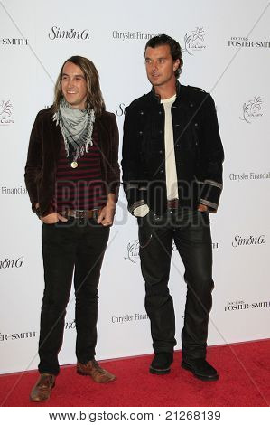 SANTA MONICA, CA - OCTOBER 04: Tim Myers and Gavin Rossdale at the Lili Claire Foundation's 11th Annual Benefit Dinner on October 4, 2008 in Santa Monica, California
