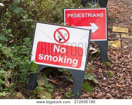 No Smoking Warning Plastic Sign Floor Road Pedestrians Direction