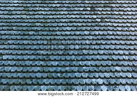 old wooden roof texture, Seamless roof texture of wooden shingles with pointed edges in a consistent pattern.