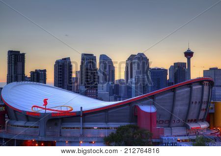 Sunset Over Downtown Calgary And Saddledome