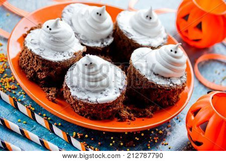Boo ghost brownies for kids Halloween party