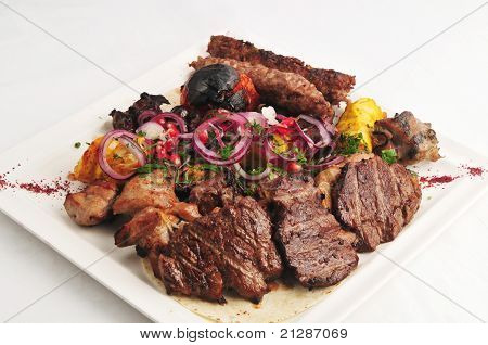 Meat allsorts with vegetables