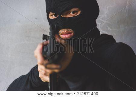Young Gunman killer was aiming his M16 gun focus at face