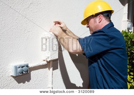 Electrical Or Cable Repairman