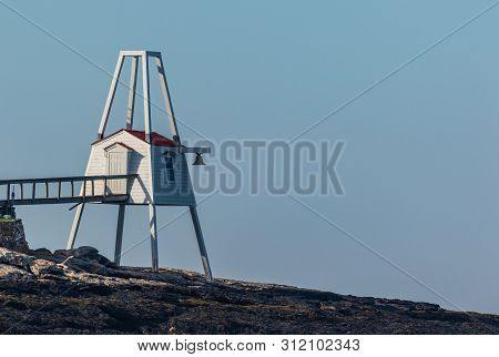 Hendricks Head Lighthouse Tail In Southport, Maine Marks The West Side Of The Sheepscot River, On A