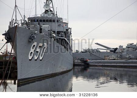 Battleship Uss Joseph P. Kennedy, Jr.