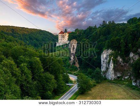 Pieskowa Skala Castle, Located In Ojcowski National Park During Sunrise