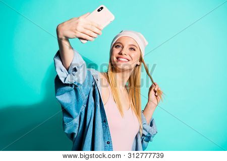 Portrait Of Her She Nice Attractive Lovely Fascinating Charming Cute Cheerful Girl Wearing Streetsty