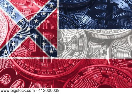 Mississippi Bitcoin Flag, Mississippi Cryptocurrency Concept Background