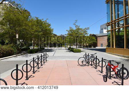 IRIVNE, CALIFORNIA - 21 APRIL 2020:  Bike racks outside the Engineering Hall  on the campus of the University of California Irvine, UCI.