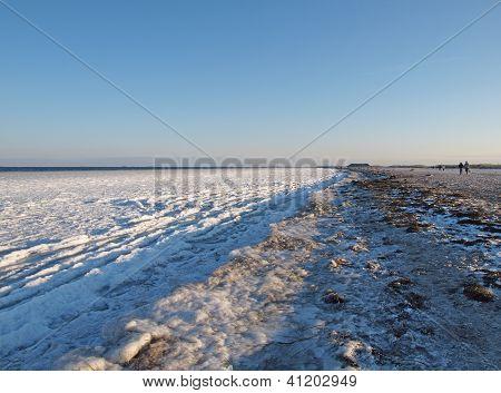 copenhagen frozen shoreline