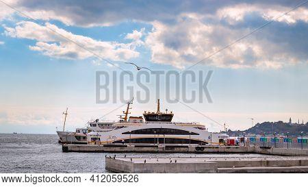 Istanbul, Turkey - October 6, 2019: Ferry Boats On Kabatas Pier. City Ferry Lines At Bosporus Strait