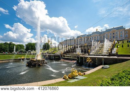 Saint- Petersburg, Russia - June 18, 2018: Fountains Of The Grand Cascade, Saint-petersburg, Russia.