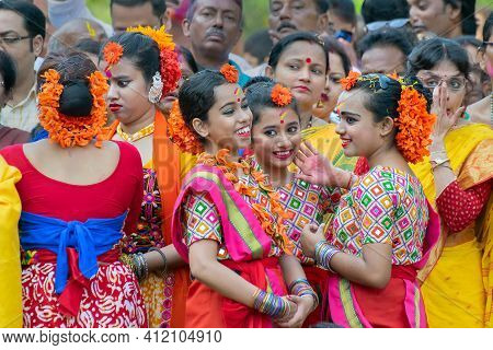 Kolkata, India - March 21st 2019 : Beautiful Young Girls In Spring Festive Make Up, Smiling And Enjo