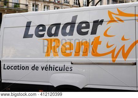 Bordeaux , Aquitaine France - 03 08 2021 : Leader Rent Enterprise Logo On Van Panel Rental Trucks Le