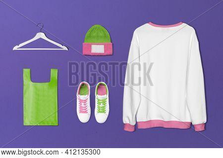 Simple women's streetwear fashion set
