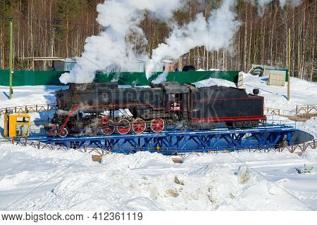 Ruskeala, Russia - March 10, 2021: Soviet Mainline Freight Steam Locomotive L-2198 On The Turning Ci