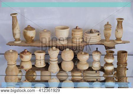 Natural Materials Made Using Wood Lathe And Craftsmanship
