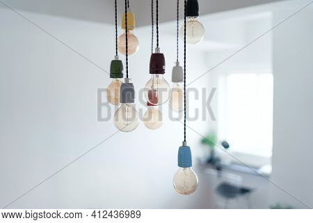 Bunch Of Bulbs Hanging By The Wire Science Technology Equipment Room Decoration Bulb Filament Glass