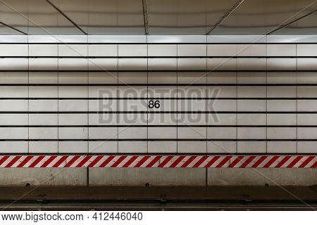 86Th Street Subway - New York City