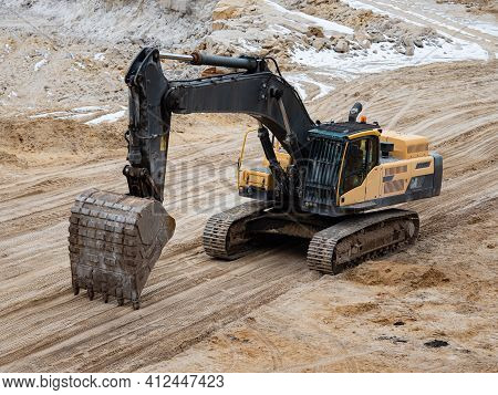 Excavator Loader Bulldozer  In White Silica Sand Quarry. White Sand For Manufacture And Production O