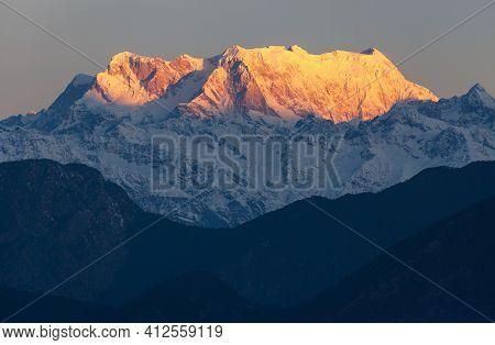 Mount Chaukhamba Morning View, Himalaya, Indian Himalayas, Great Himalayan Range, Uttarakhand India