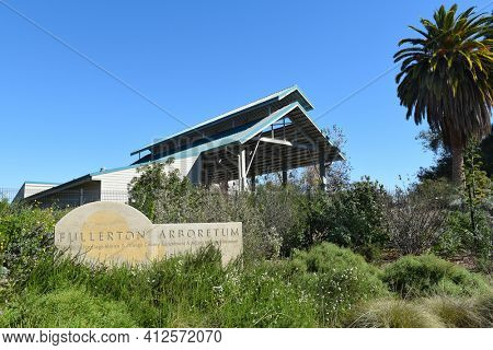 FULLERTON, CALIFORNIA - FEBRUARY 7, 2017: Fullerton Arboretum sign and Bacon Pavilion.  The facility is part of Cal State Fullerton University.